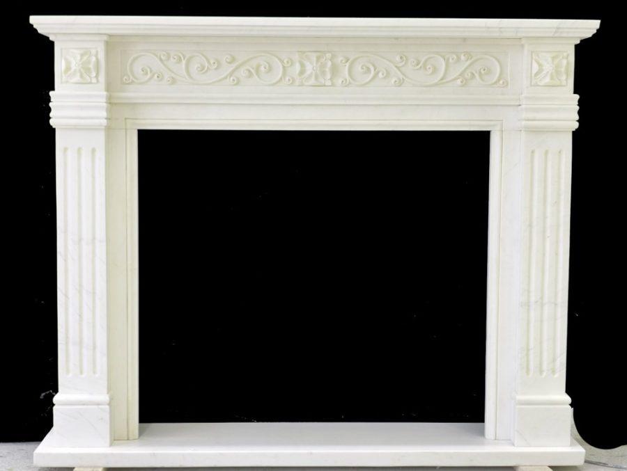 Скульптура из мрамора: Каминный портал из мрамора белого цвета-02