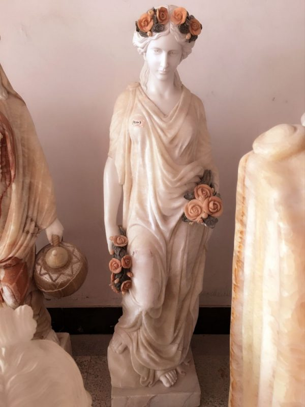 Скульптура из мрамора: Резная статуя леди-02