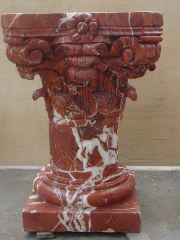 Скульптура из мрамора: Колонна из красного мрамора