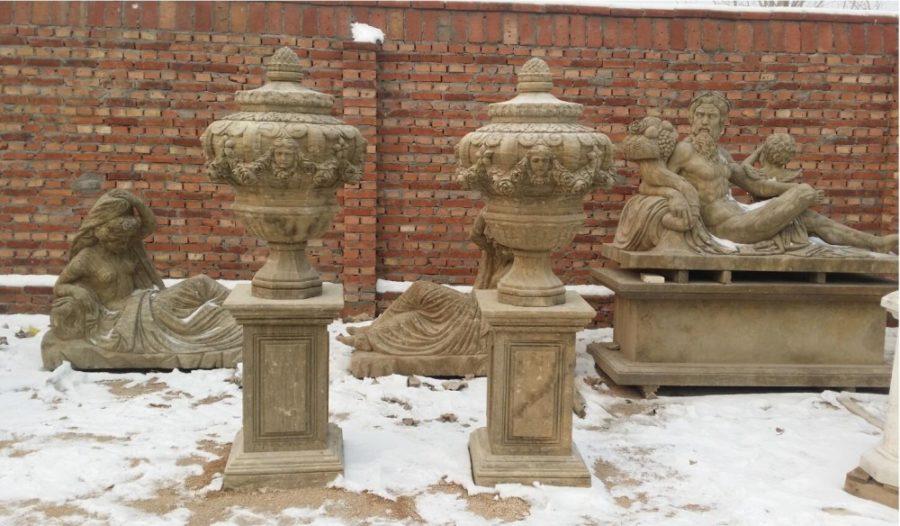 Скульптура из мрамора: Мраморные горшки для сада-07