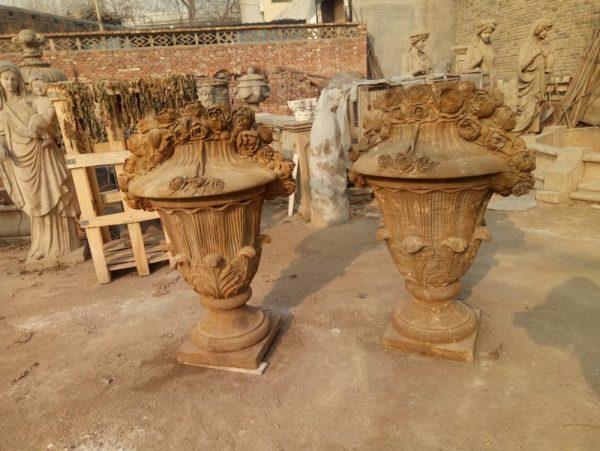 Скульптура из мрамора: Мраморные горшки для сада-08