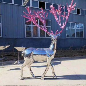 Скульптура из нержавеющей стали: Олень