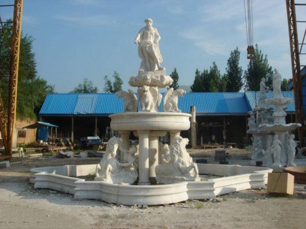 Фонтан из мрамора: Большой фонтан для сада