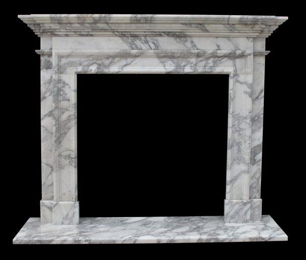 Скульптура из мрамора: Каминный портал из серого мрамора