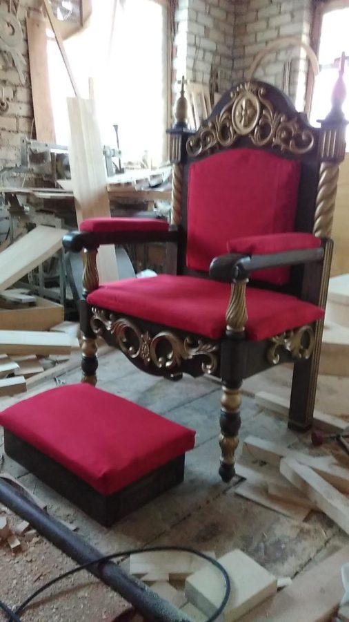 Деревянная мебель: Трон-2
