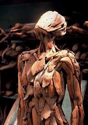 Страшные скульптуры