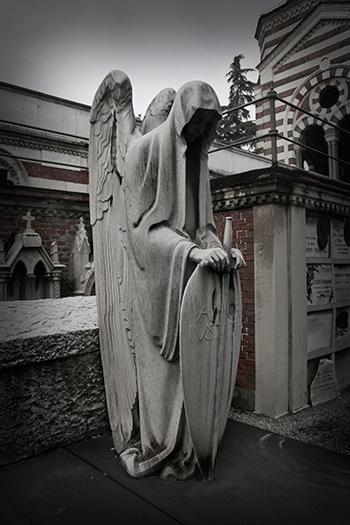 Странные и оригинальные статуи на заказ