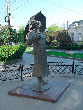 Скульптуры актрис