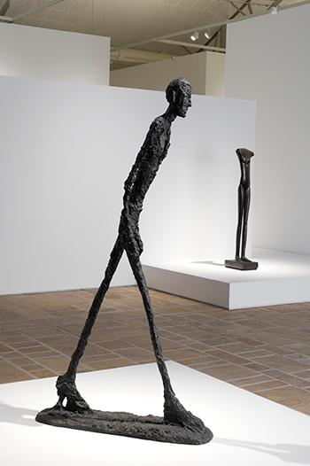 Недорогие фигуры и статуи