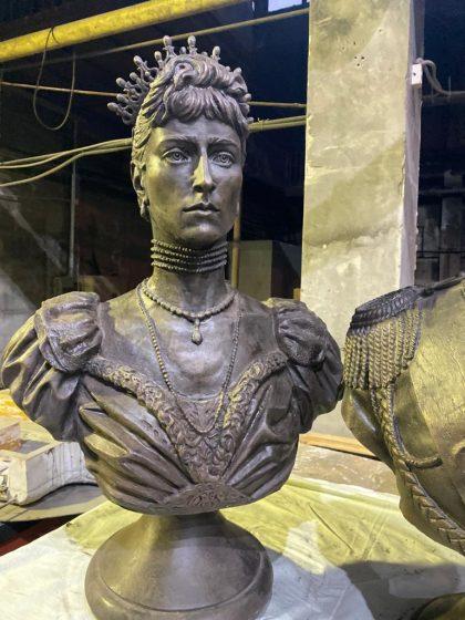 Бюст на заказ: Императрица Александра Федоровна