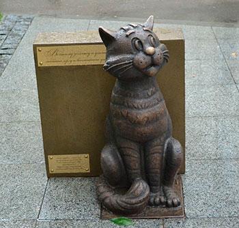 Фигуры кошек и котов