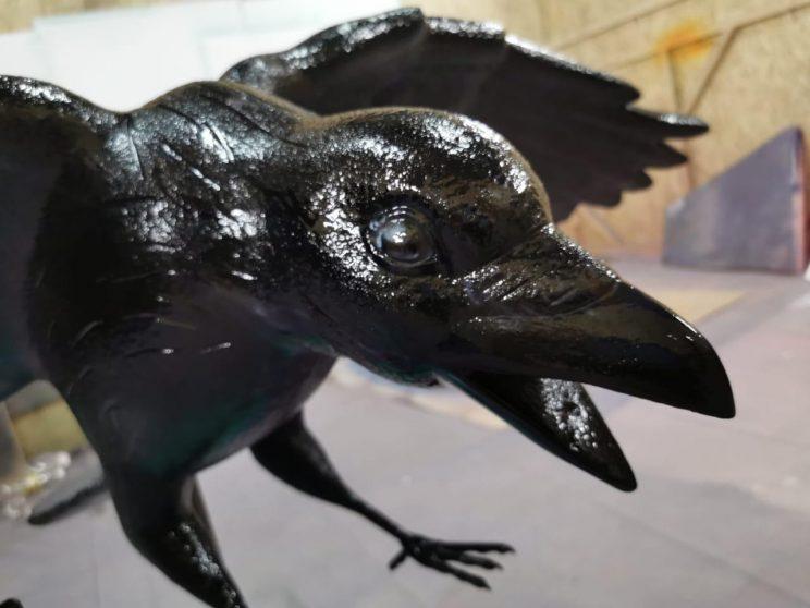 Скульптура из стеклопластика: Ворон
