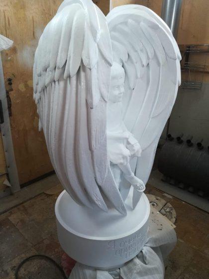 Скульптура из искусственного мрамора: Скульптура мальчика-ангела