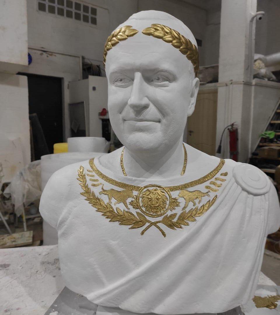 Бюст на заказ: Римский император