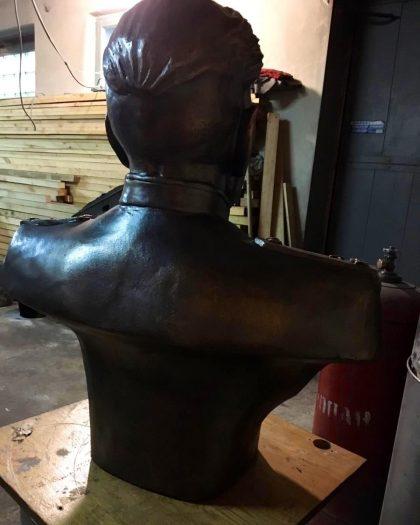 Скульптура из бронзы: Бюст героя СССР Аулова Василия Ивановича