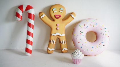 Скульптура из стеклопластика: Скульптура Торт