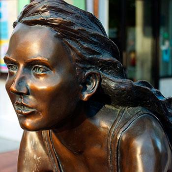 Недорогие скульптуры из бронзы