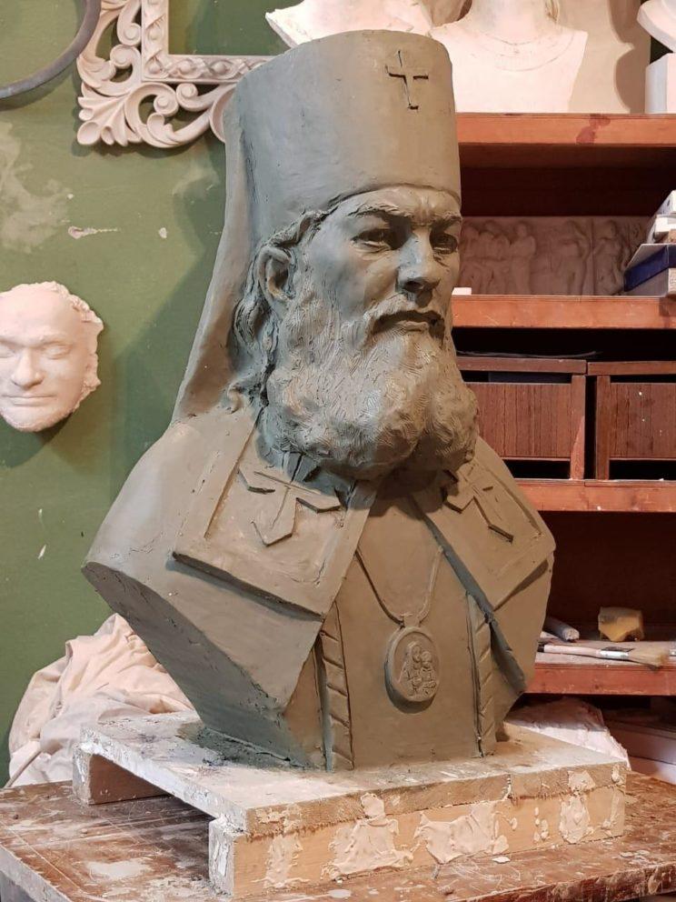 Бюст на заказ: Бюст Луки Крымского