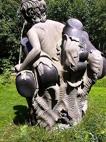 Индийские статуи