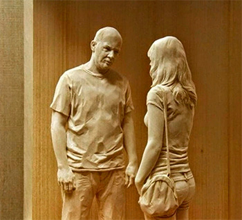 Реалистичные деревянные фигуры