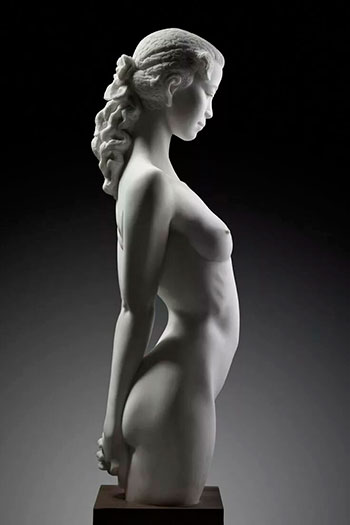 Недорогие женские статуи