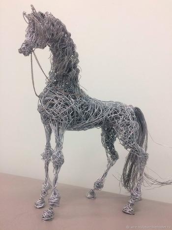 Скульптуры из проволоки на заказ