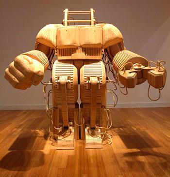 Деревянный робот