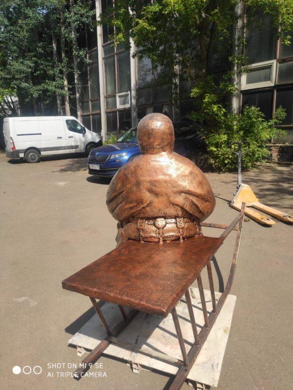 Скульптура из искусственного камня: Хант на нартах