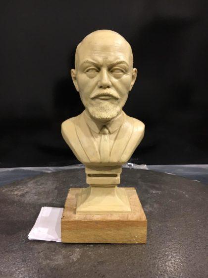 Бюст на заказ: Настольный бюст Ленина В.И.