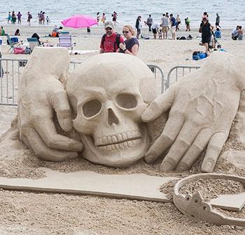 Красивые статуи из песка