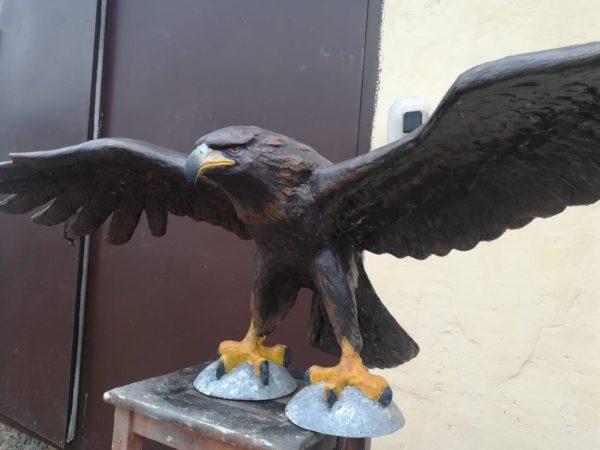 Скульптура из искусственного камня: Орел