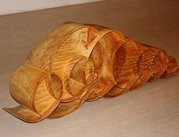 Недорогие деревянные скульптуры