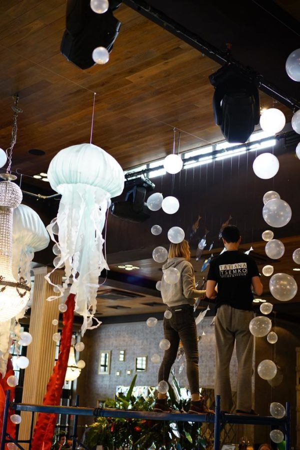 Скульптура из пластика: Медуза.