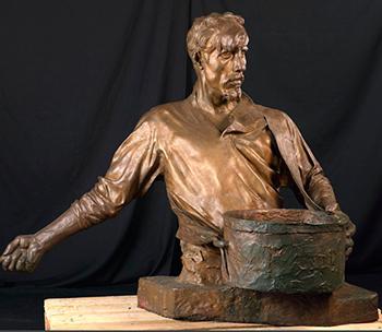 Скульптуры и бюсты
