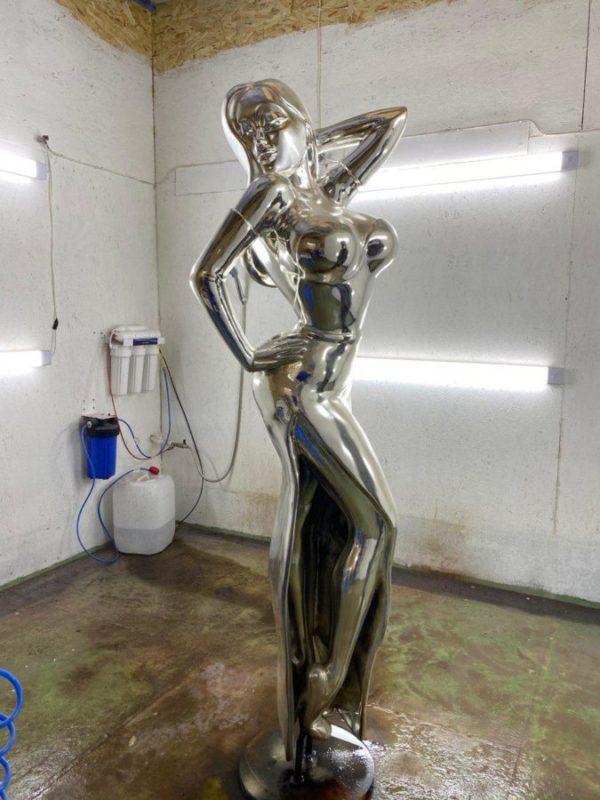 Скульптура из стеклопластика: Скульптура Джессика из мультфильма.
