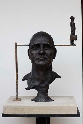Статуи и фигуры из металла и бронзы