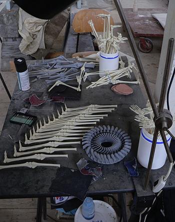 Недорогие оригинальные костяные статуи