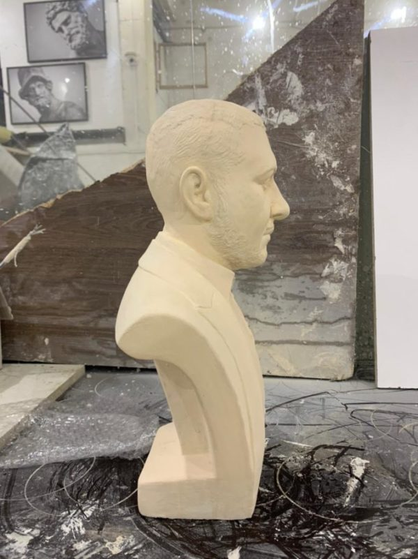 Скульптура: Бюст блогера Туфа