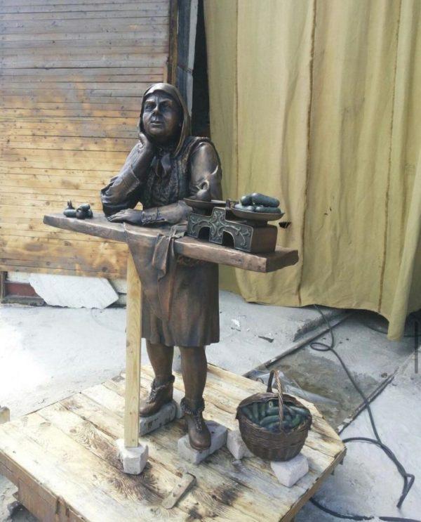 Бронзовая скульптура: Памятник для рынка
