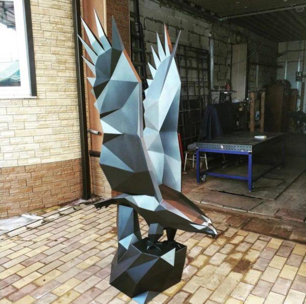 Скульптура: Орёл из нержавеющей стали с покраской