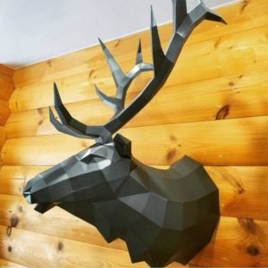 Скульптура: Голова оленя из стали с покраской