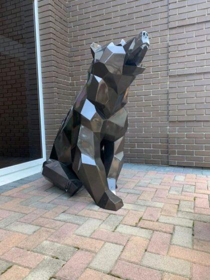 Скульптура: Полигональный медведь из стали
