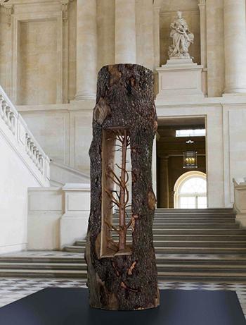 Статуи из дерева