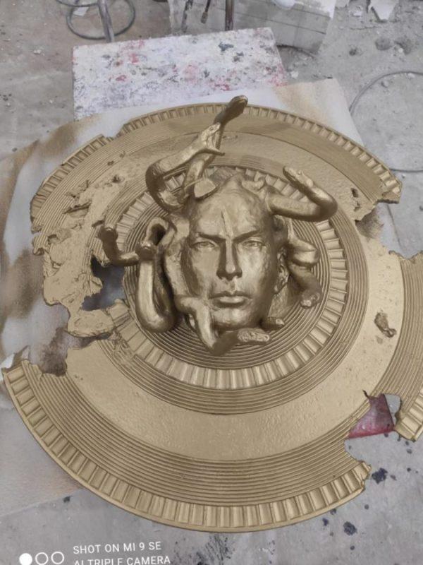 """Скульптура: Щит """"Медуза Гаргона"""""""