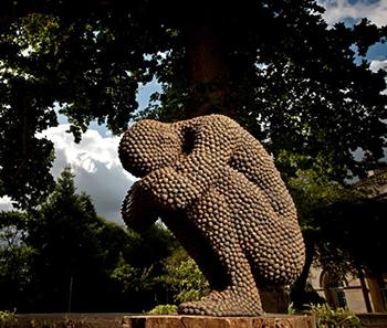 Скульптуры из мрамора и бронзы
