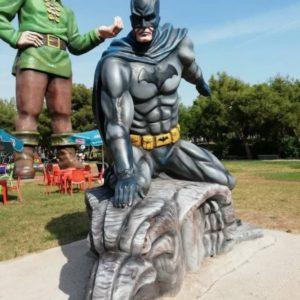 Скульптура: Супергерой
