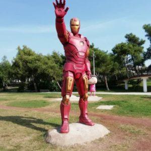 Скульптура: Железный Человек